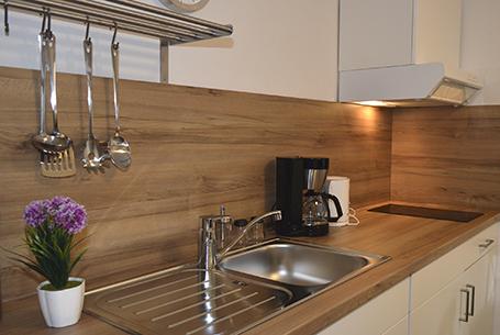 Brücke Studio Appartement Rosenhof Küchenzeile