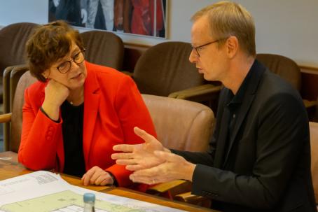 Dr. Sabine Ministerin Sütterlin-Waack und Architekt Jan O. Schulz
