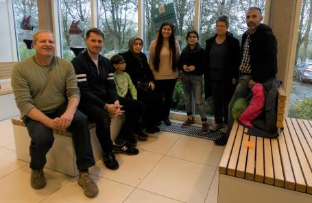 Treffen in der Schwimmhalle - ein Familienprojekt