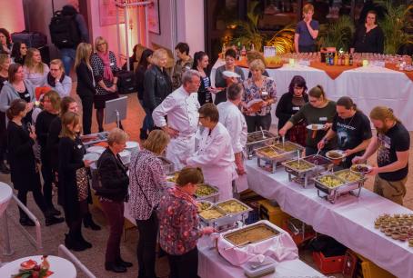Weihnachtsbuffet vom Start-Team aus Büdelsdorf