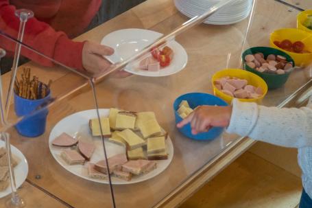 Sprachförderung am Frühstücks-Buffet