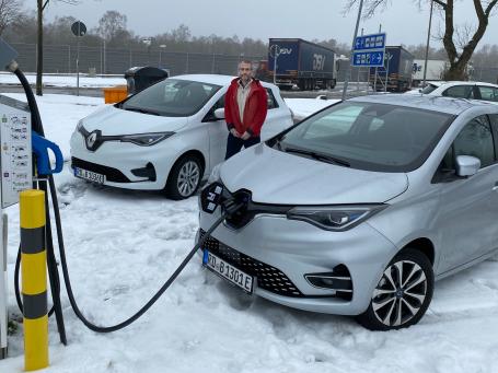 Neue Elektroautos für die Brücke