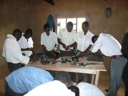 Werkstatt in Kenia, Ngelani