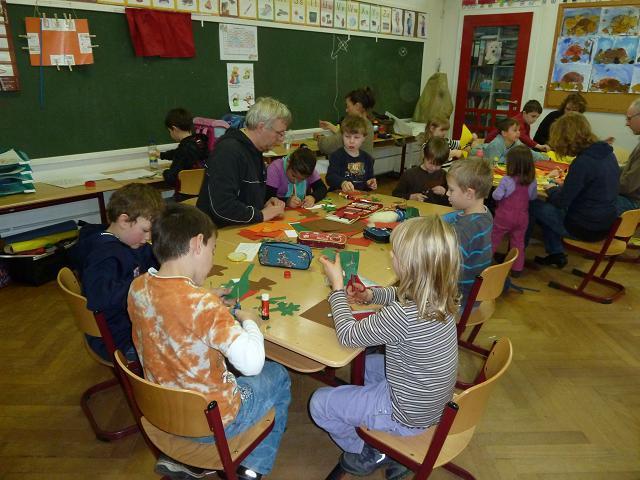 Grundschule Kronsburg Startseite Adventsbasteln Und Singen 2012