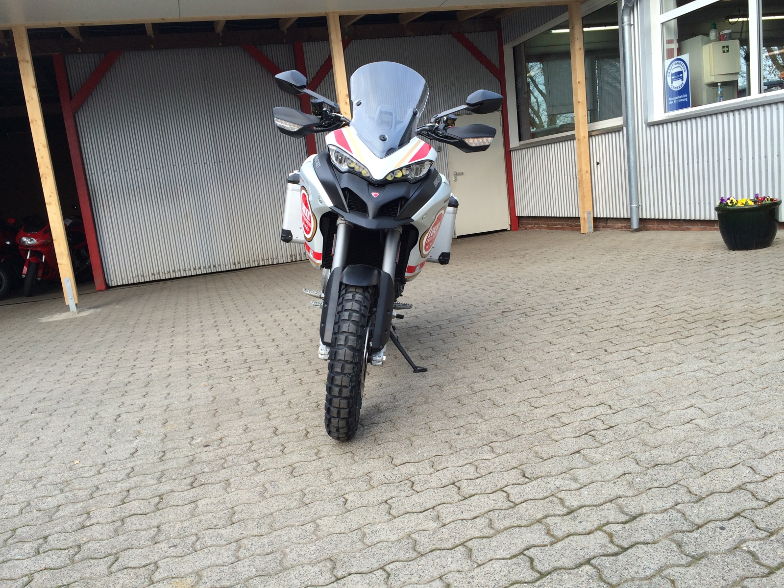 Multistrada 1200 Enduro by Ducati -SH cc-r